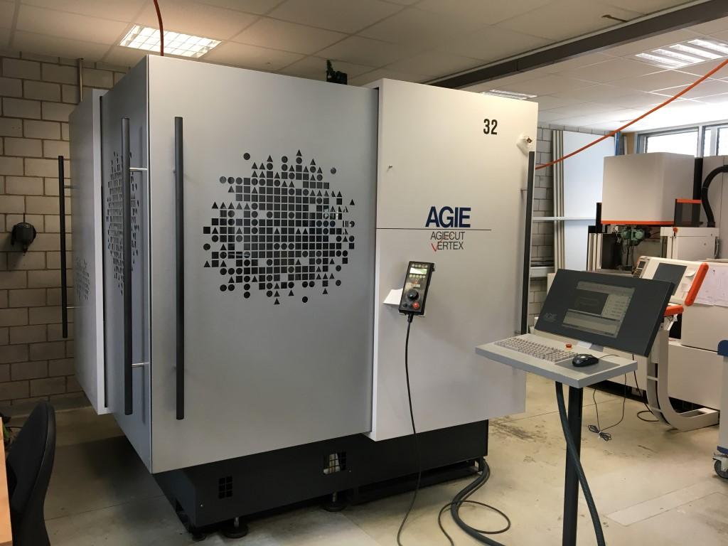 AGIE AgieCut Vertex 2 - 2007 Wire cutting edm machine
