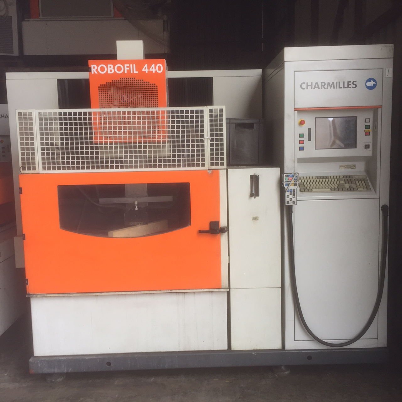 Charmilles Robofil 440 - 2001 Wire cutting edm machine (SOLD/VENDU/VERKAUFT)
